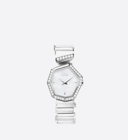 ساعة يد مرصعة بالألماس من ديور Dior