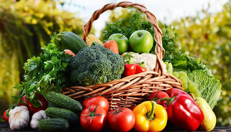 ركزي على تناول الخضروات والفواكه