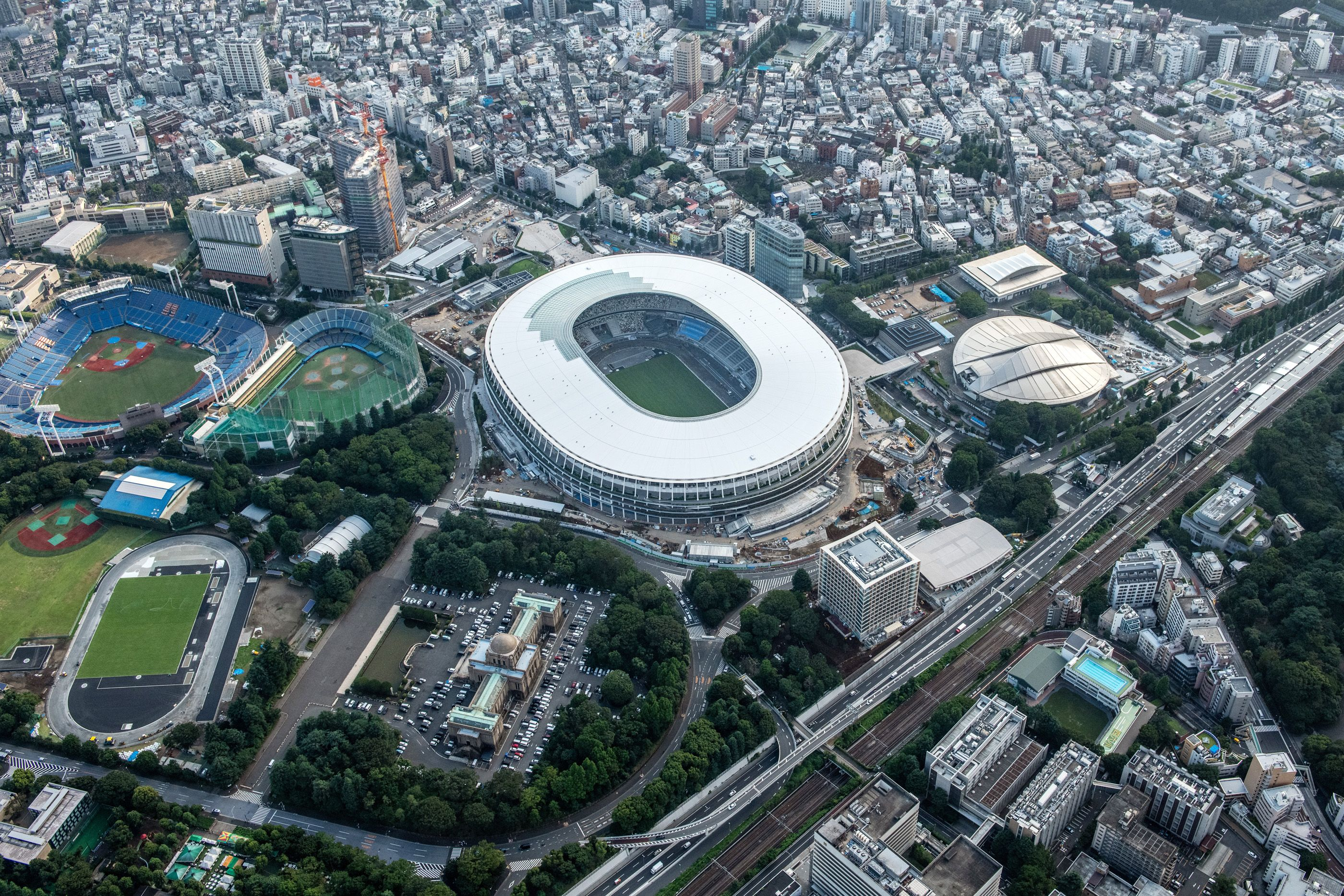 ملعب طوكيو يلفت الأنظار في أولمبياد 2020