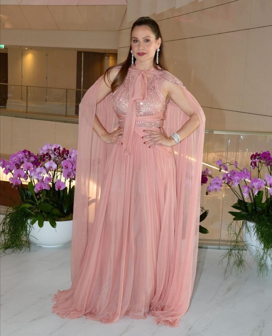 فستان من زهير مراد