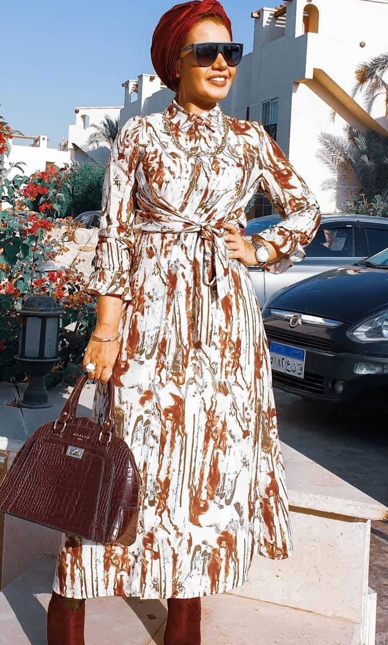 4 إيمي شاهين بالفستان المطبع -الصورة من حسابها على الانستغرام