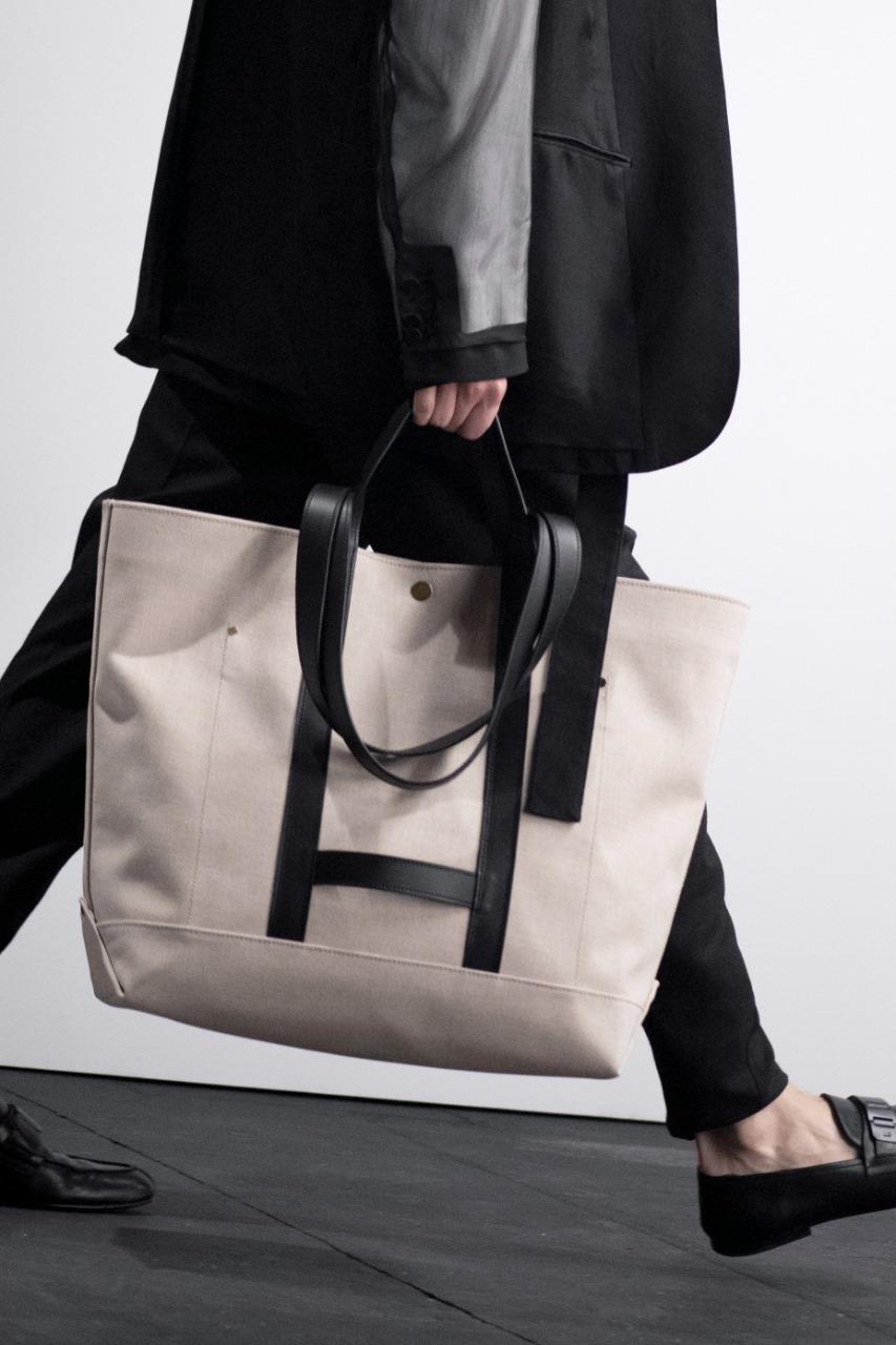Dunhil صورة ٤ حقيبة لرجال الأعمال من ماركة