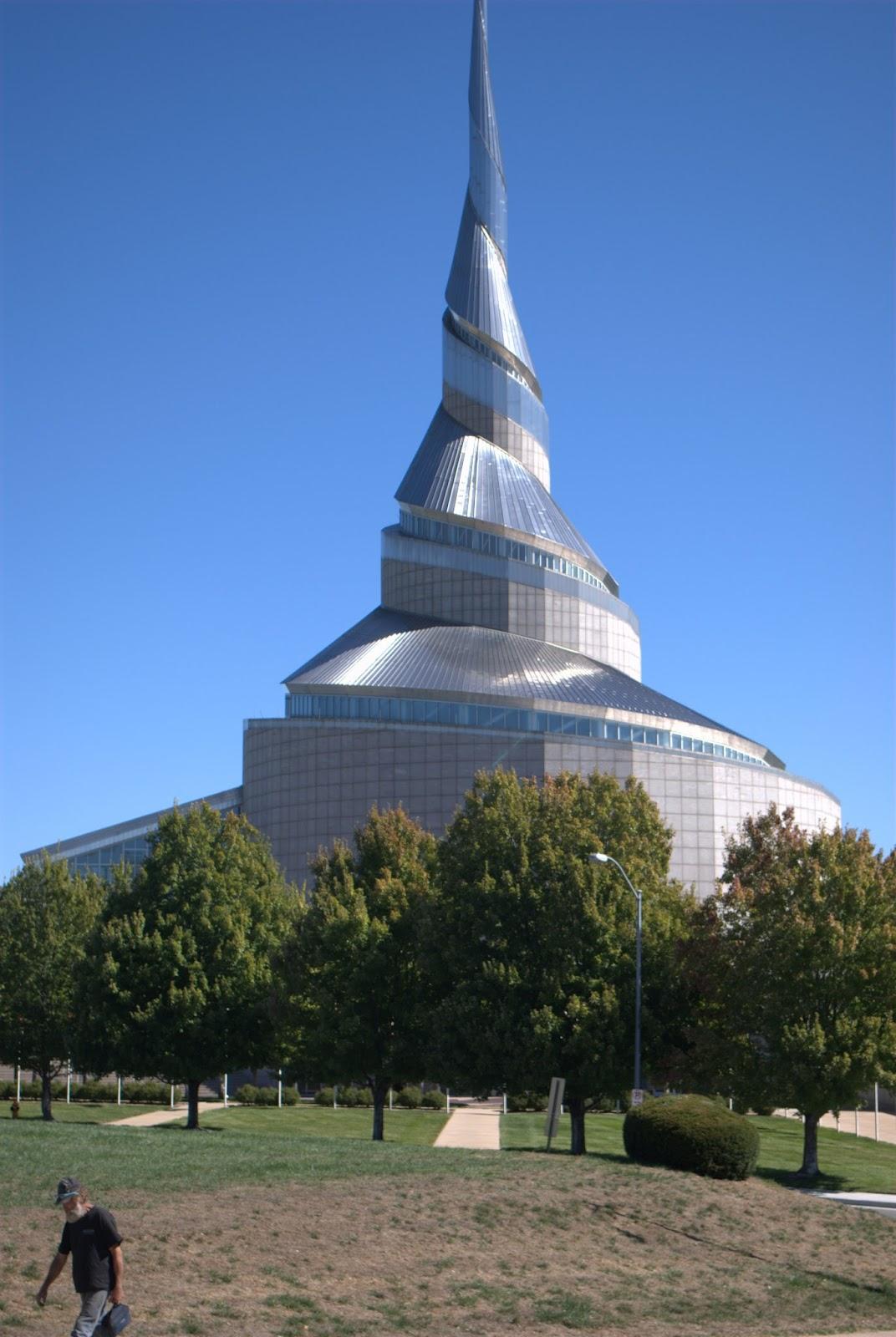 معبد الاستقلال2 - من موقع inspired-architecture