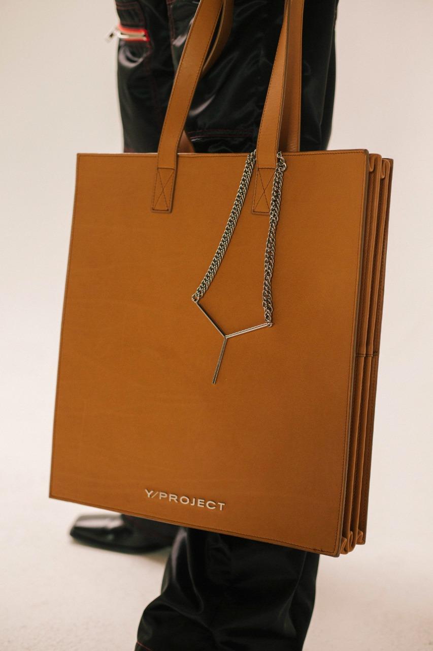 Y project صورة ٣ حقيبة لرجال الأعمال من علامة
