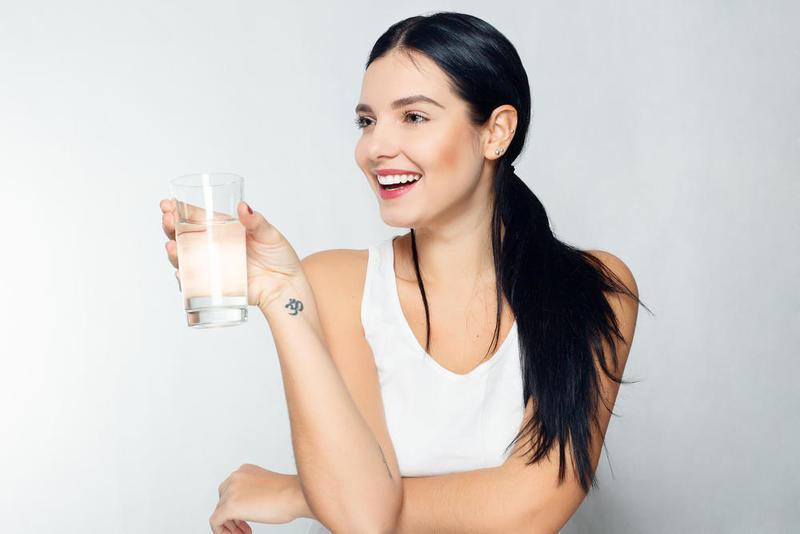 الماء عنصر أساسي لمحاربة الجفاف ولمدك بالشعور بالشبع