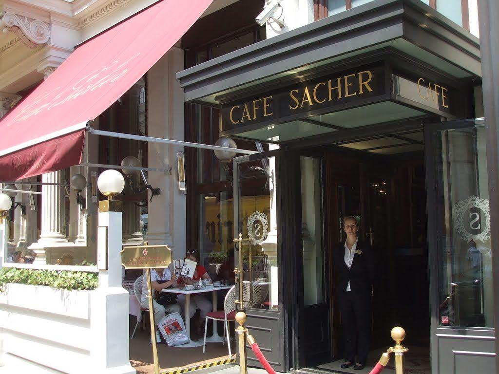 """حلوى الزاخا في مقهى """"ساشير"""" Café Sacher"""