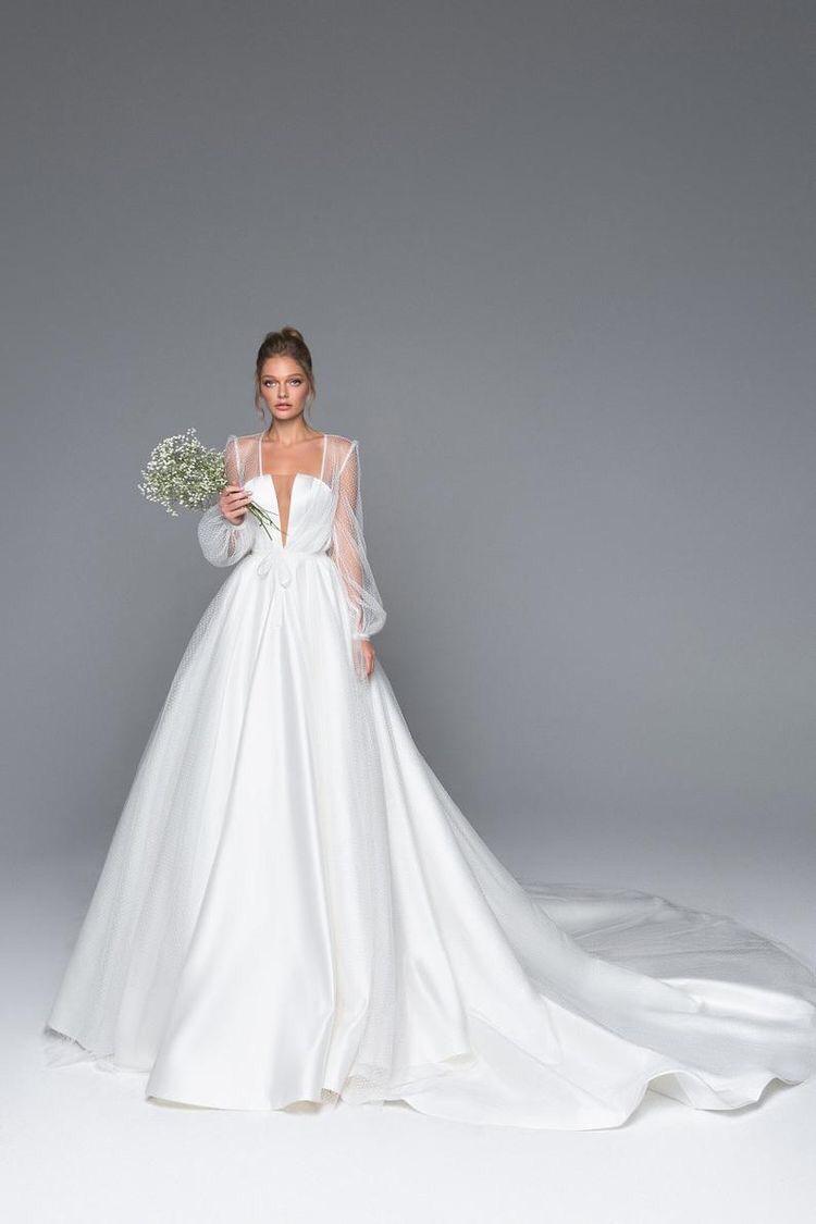 فساتين زفاف تنورة منفوشة