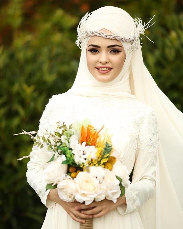 لفة الحجاب مع الريش