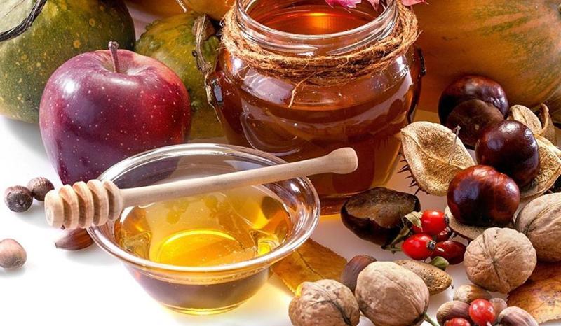 خلطة زيت اللوز والعسل