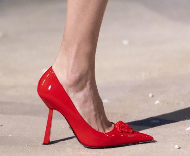 موديلات أحذية موضة 2021