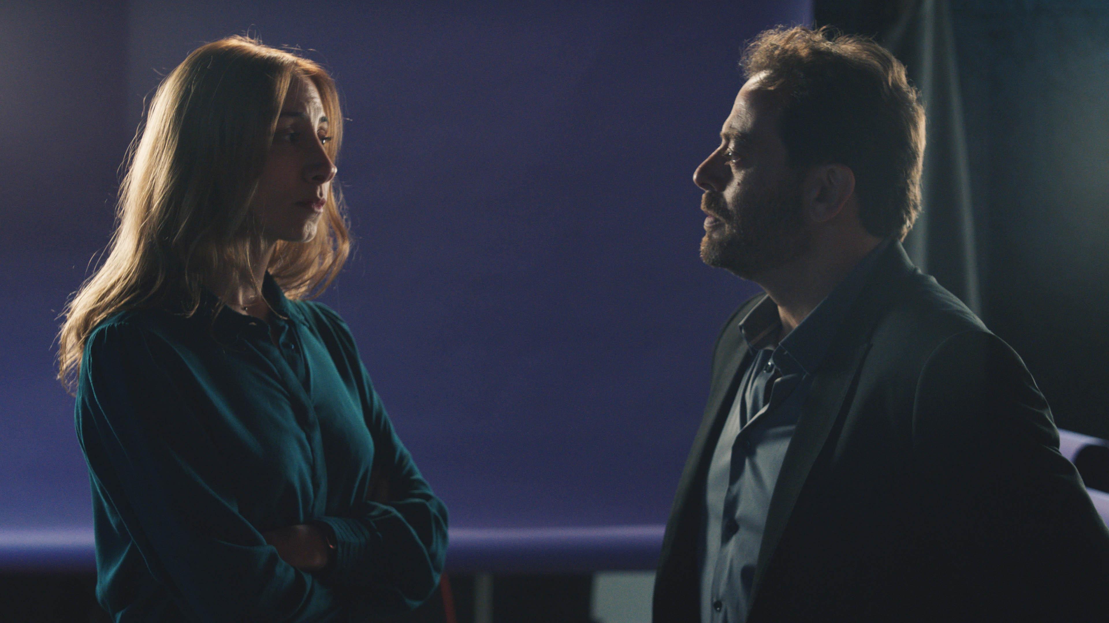 بديع أبو شقر وديامان بو عبود في لقطة من المسلسل