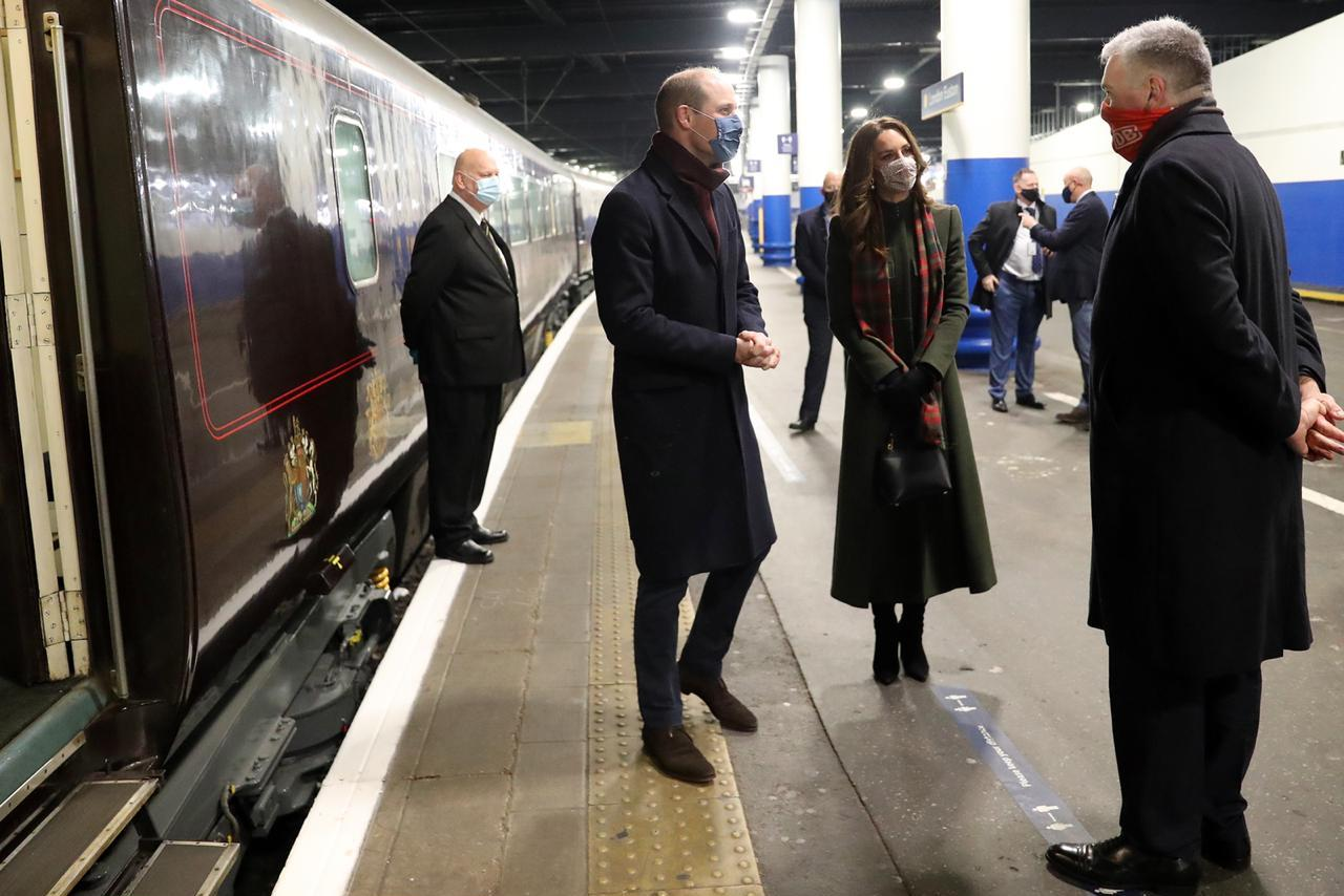 تعد رحلة الثنائي الملكي ويليام وكيت في القطار الملكي هي الأولى لهما معاً منذ زواجهما