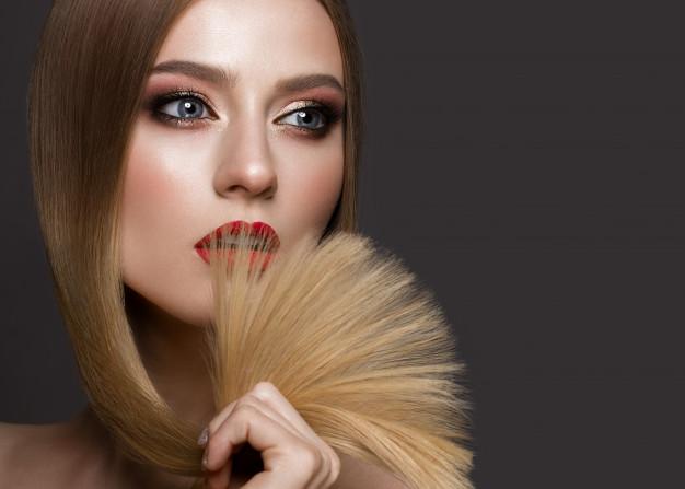 beautiful blond girl with perfectly smooth hair classic make up red lips beauty face 151428 59 - أفضل بلسم للشعر..ستعجبك النتائج
