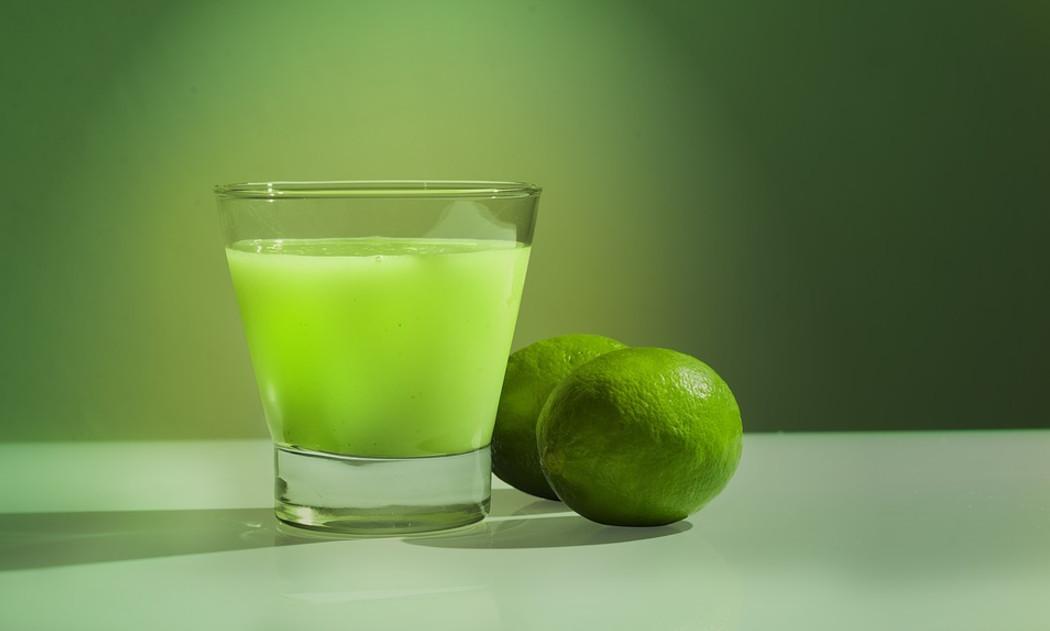 lymw - فوائد شرب الماء والليمون على الريق للحامل