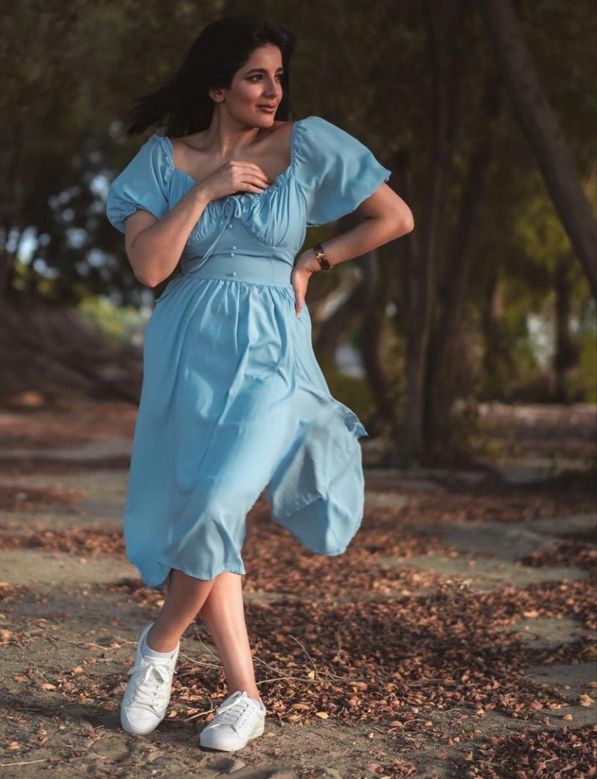 خيارات الفساتين من إيمان الحسيني