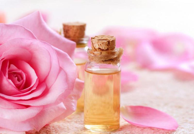استعمال زيت الورد