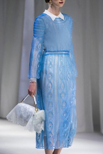 فستان أزرق فضفاض طويل من Fendi