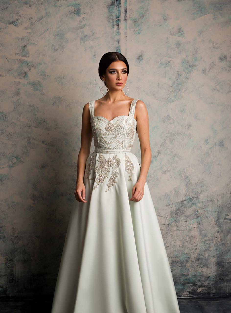 فستان من المصممة مي السبيعي