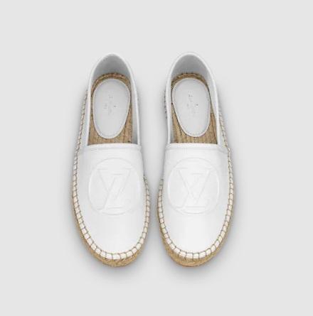 حذاء أبيض مسطح من لويس فويتون