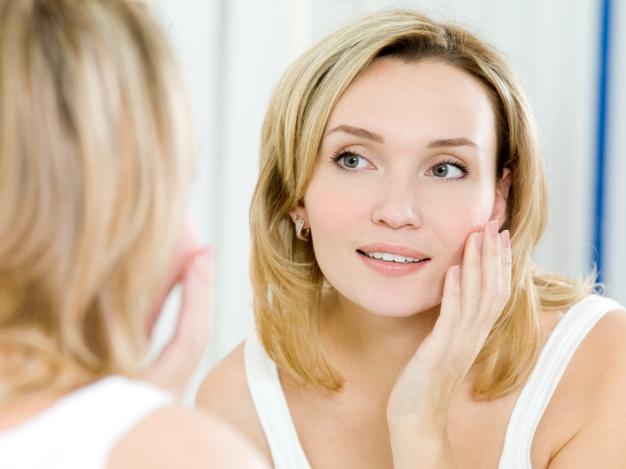 ما هي  موضة الجلد المرآة؟