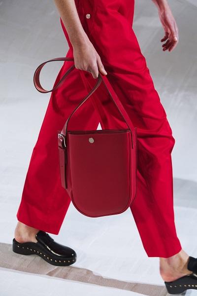 حقيبة يد Bucket Bag باللون الأحمر من هيرميس Hermes