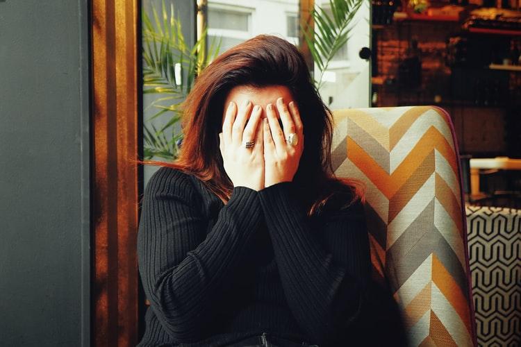 التوتر المستمر يؤثر على صحة  اللثة