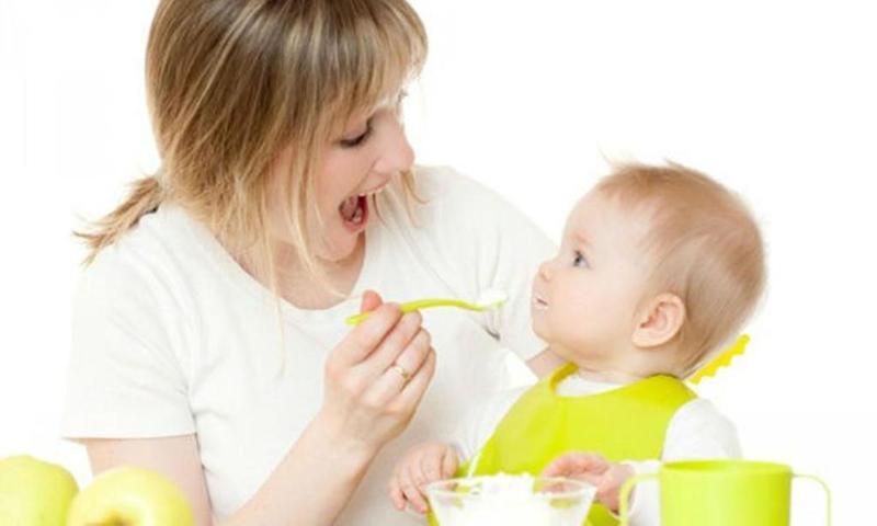 thmn22 - تطورات طفلك في الشهر الثامن..مع تفاصيل تهمك