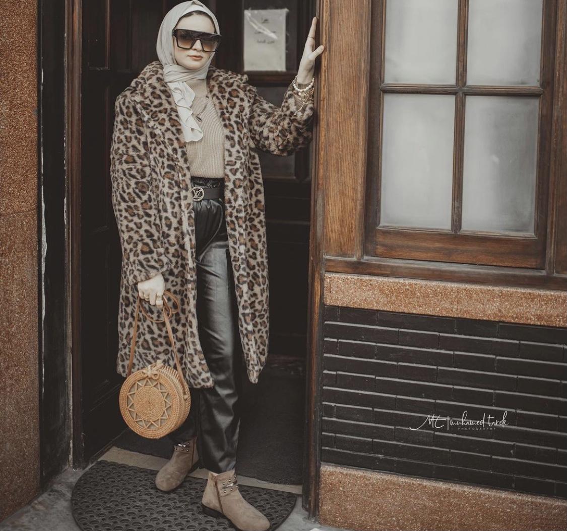 المعطف الطويل من شيرين أنور