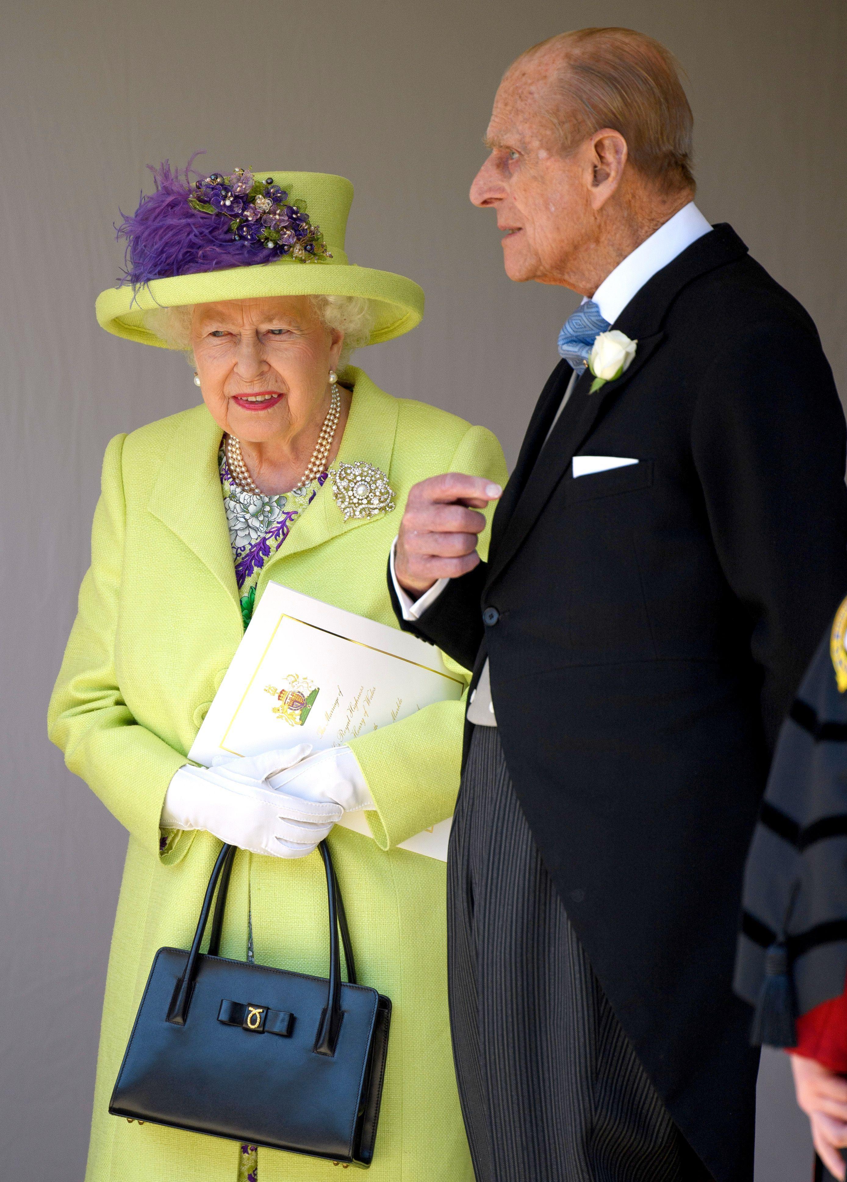 الملكة إليزابيت وزوجها الأمير فيليب