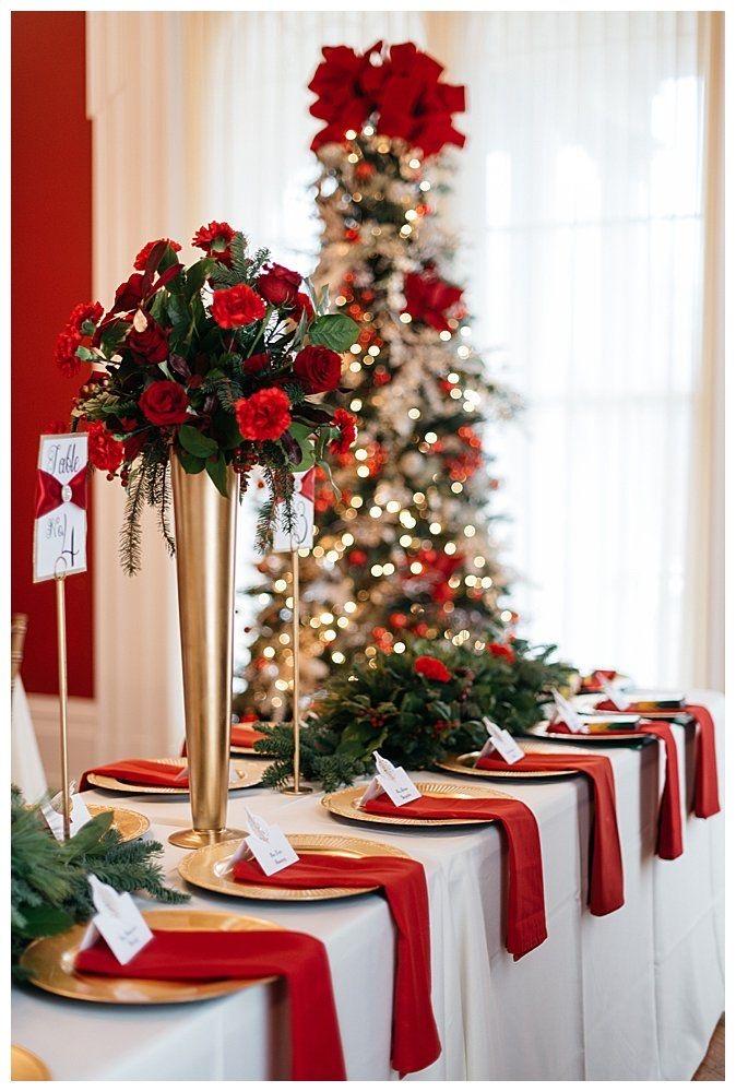 ديكور الورود ومفارش الطاولات الحمراء