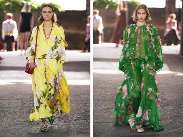 فساتين بطبعات الورود الكبيرة والبارزة من فالنتينو Valentino