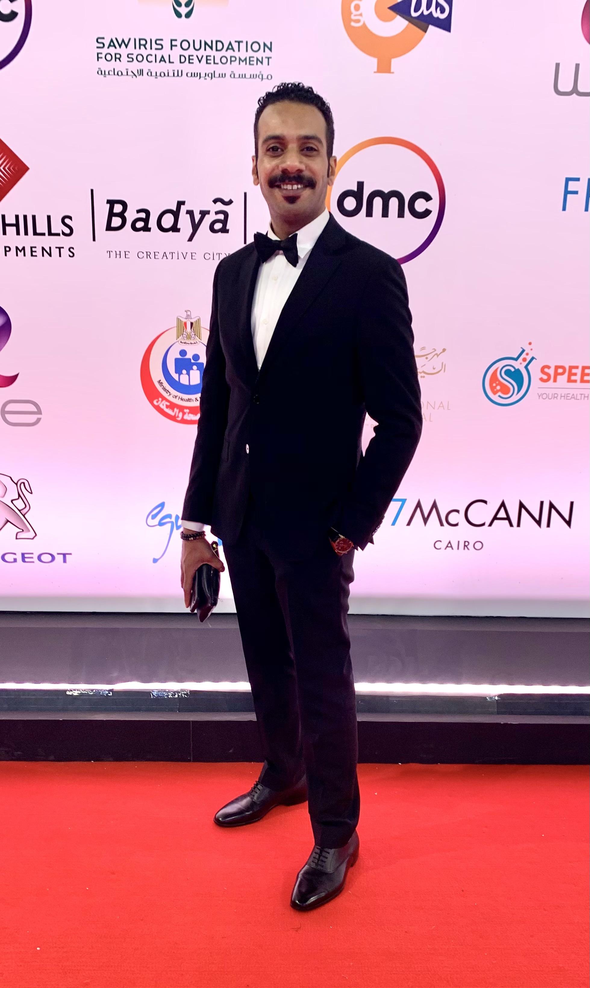 فيصل الدوخي نال جائزة أفضل أداء تمثيلي من مهرجان القاهرة السينمائي الدولي