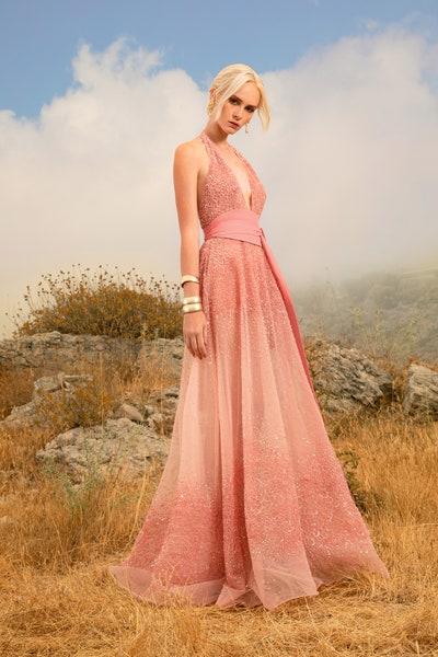 فستان سهرة لون وردي باستيل من إيلي صعب Elie Saab