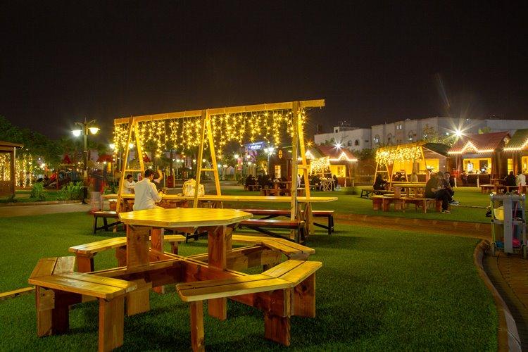 جلسات للعوائل والزوار في حديقة الفيصلية