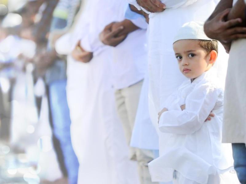 نصائح لطفلك للترحيب بضيوف العيد