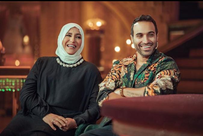 أحمد فهمي ووالدته.. الصورة من حسابه على انستقرام.PNG