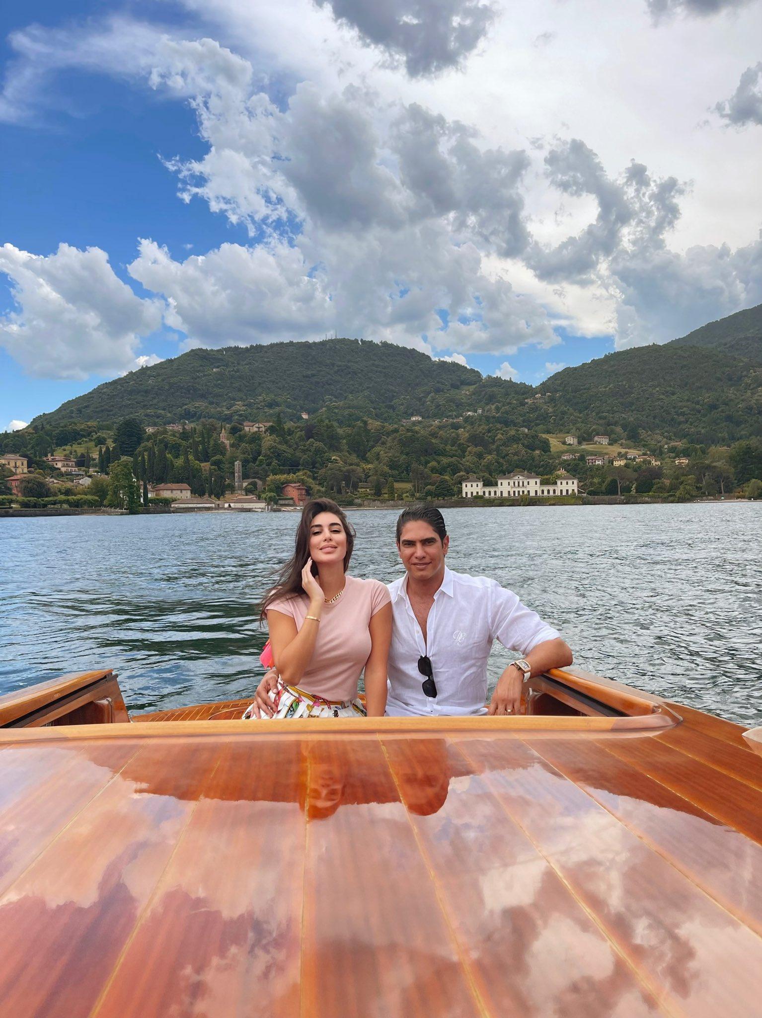 ياسمين صبري تقضي إجازتها في إيطاليا مع زوجها رجل الأعمال أحمد أبو هشيمة.. الصورة من حسابها على تويتر.jpg