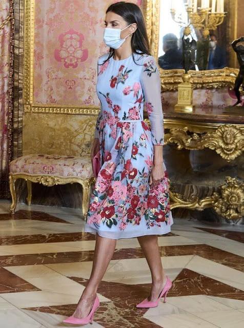 الملكة ليتيتزيا - الصورة من موقع New my royals.jpg