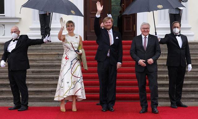 زيارة الملك ويليم ألكسندر والملكة ماكسيما لجمهورية ألمانيا الاتحادية- الصورة من موقع New my royals.jpg