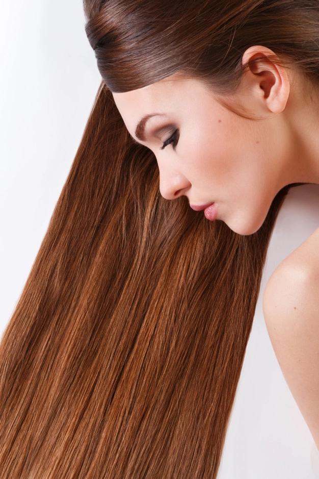 المياه الباردة لتعزيز جمال الشعر