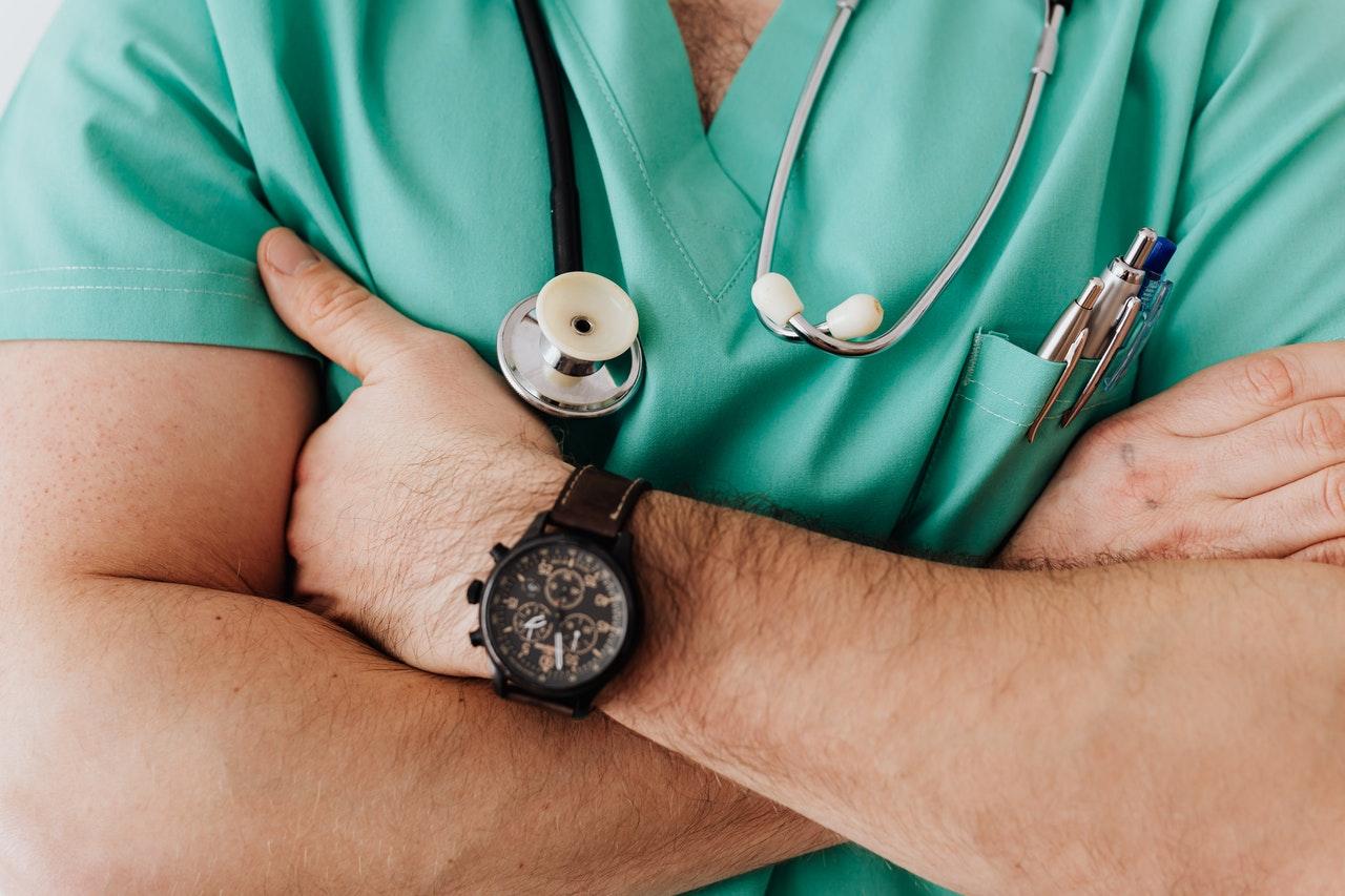 الإقامة الذهبية للأطباء في الإمارات