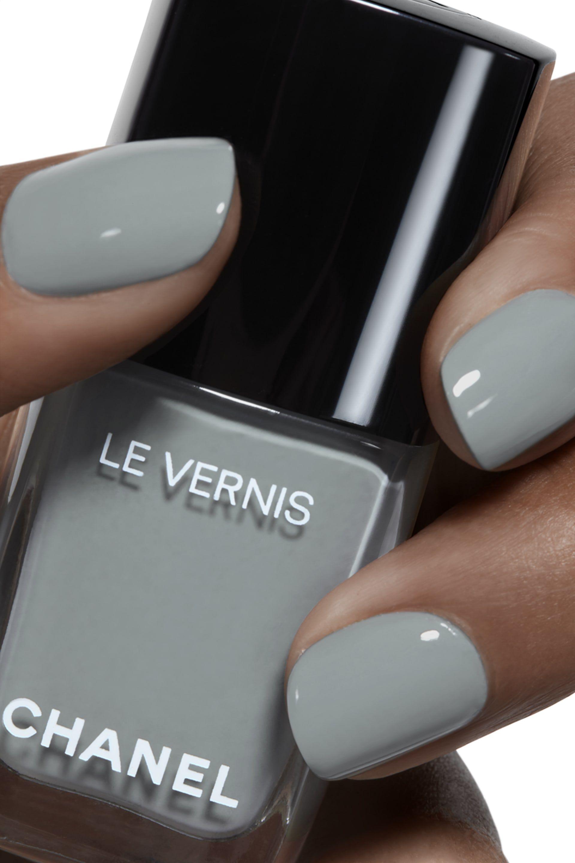 Chanel longwear nail colour 566