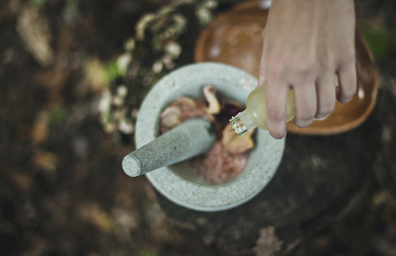 خلطات زيت شجرة الشاي