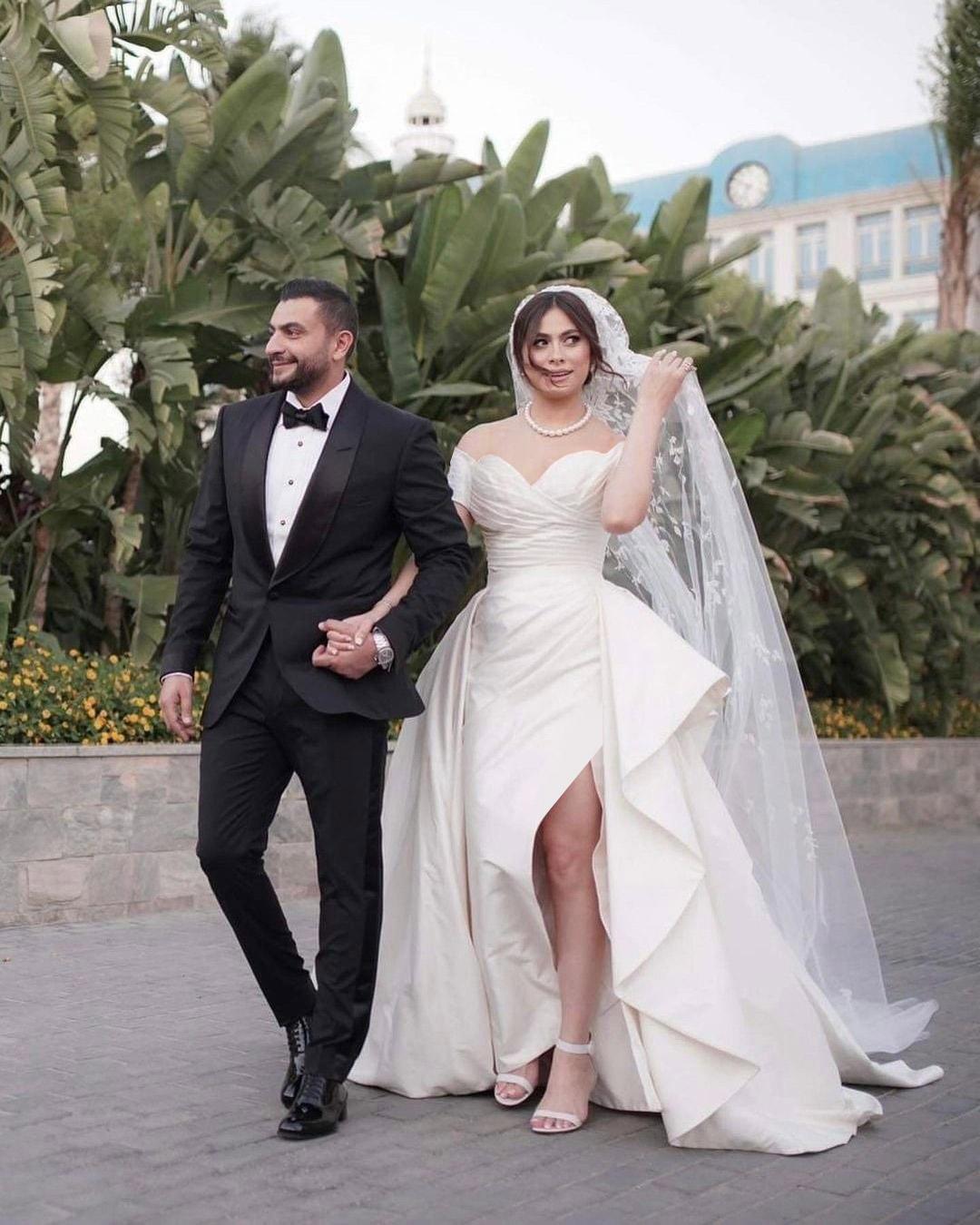 هاجر أحمد برفقة زوجها أحمد الحداد- الصورة من حسابها الرسمي على فيسبوك