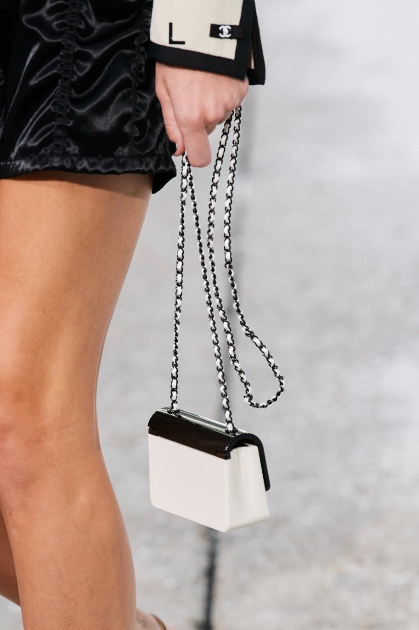 حقيبة من شانيل Chanel