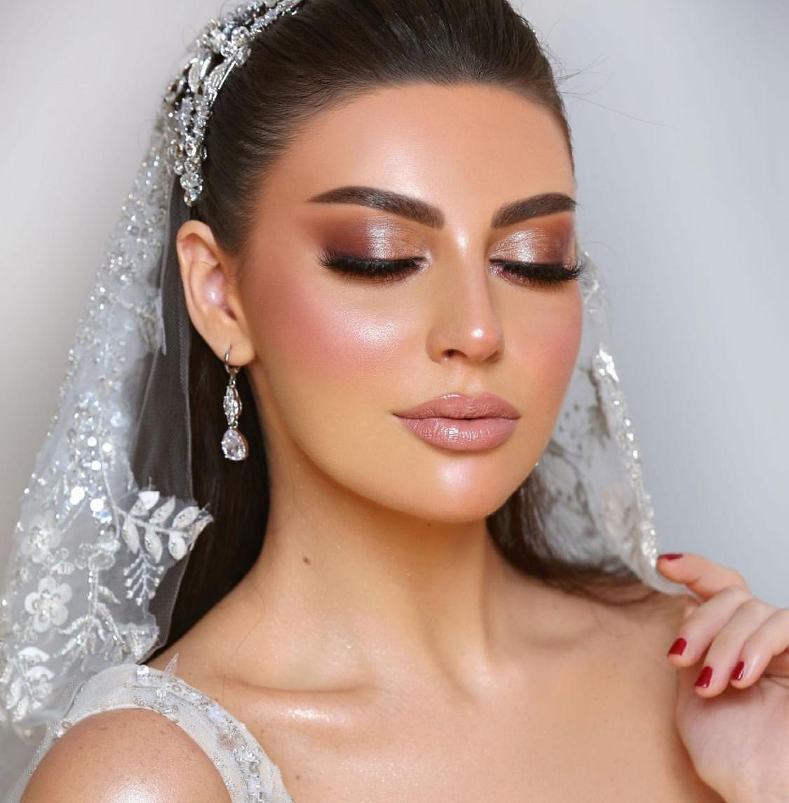 3 مكياج عروس لامع من خبيرة التجميل تهاني -الصورة من حسابها على الانستغرام