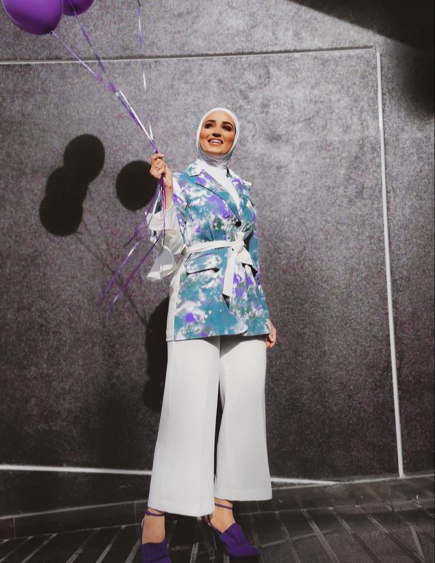 دلال الدوب بتنسيق عصري للعيد -الصورة من حسابها على الانستغرام