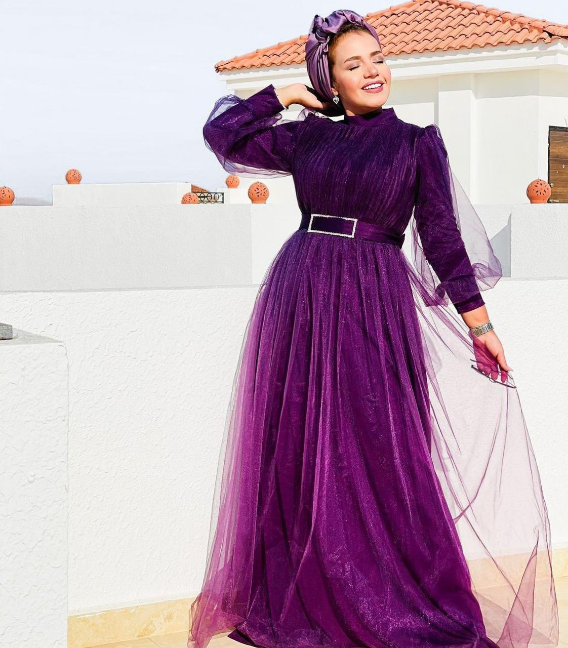 4 إيمي شاهين بفستان بنفسجي لسهرات العيد -الصورة من حسابها على الانستغرام