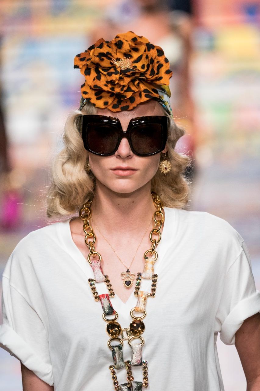 Dolce & Gabbana صورة ٢ نظارة باللون الأسود من