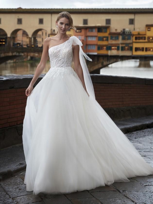 فستان زفاف بكتف واحدة من Nicole Milano -صورة 1